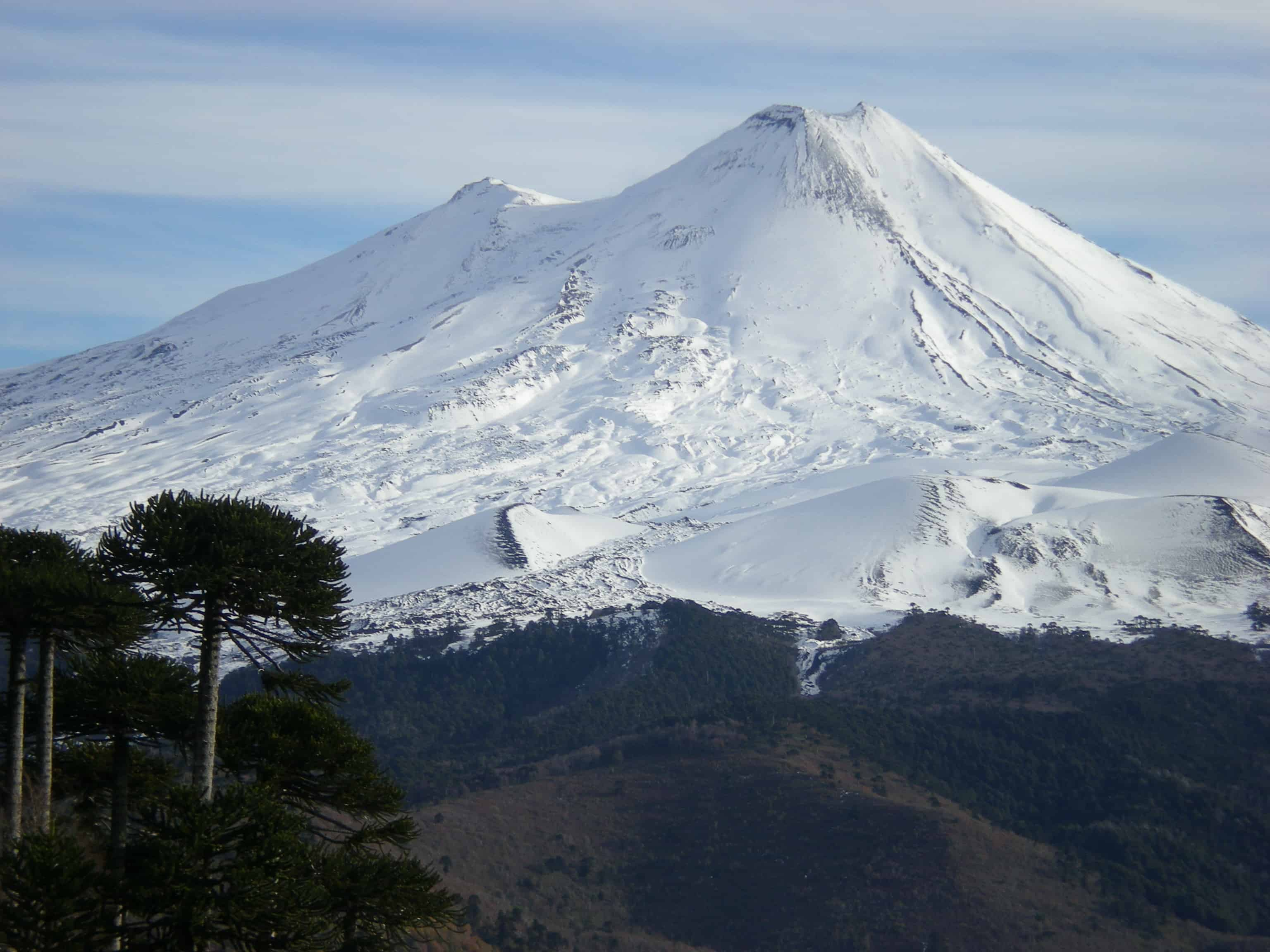Hiking trails around Pucon – The lake & volcano district