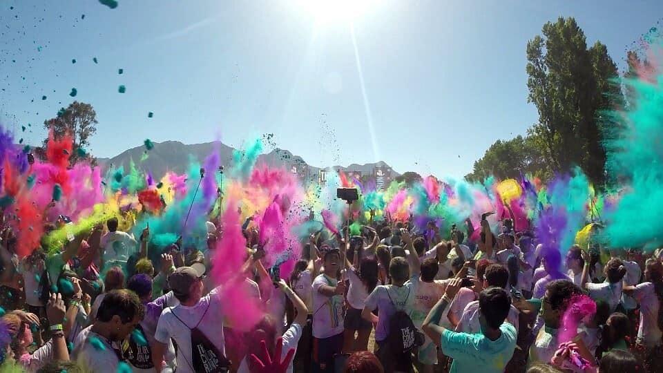 Kunterbunt und glücklich – der Color Run in Pucón – Februar 2015