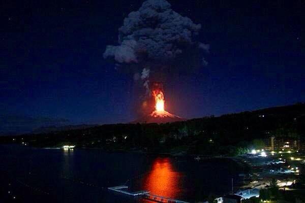 Der Vulkan Villarrica bricht aus – und Pucón ist hellwach – 3. März 2015