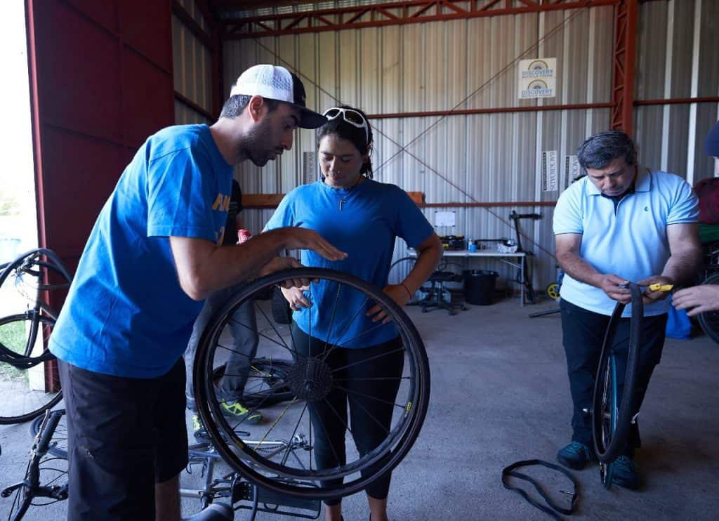 Bike mechanics bike tires men woman
