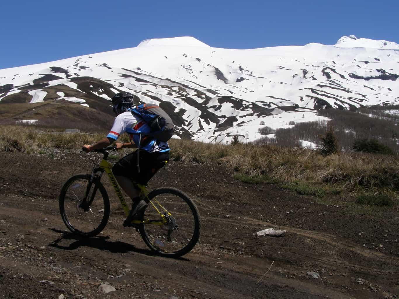 Mountain Bike En Huilo Huilo