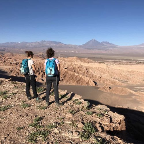 women tour atacama